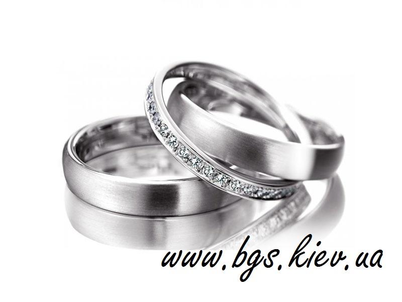 bafee59ac01b Обручальные кольца белое золото с бриллиантами. Кольца парные женские и  мужские с белыми и черными бриллиантами, сапфирами, цирконами, кристаллами.