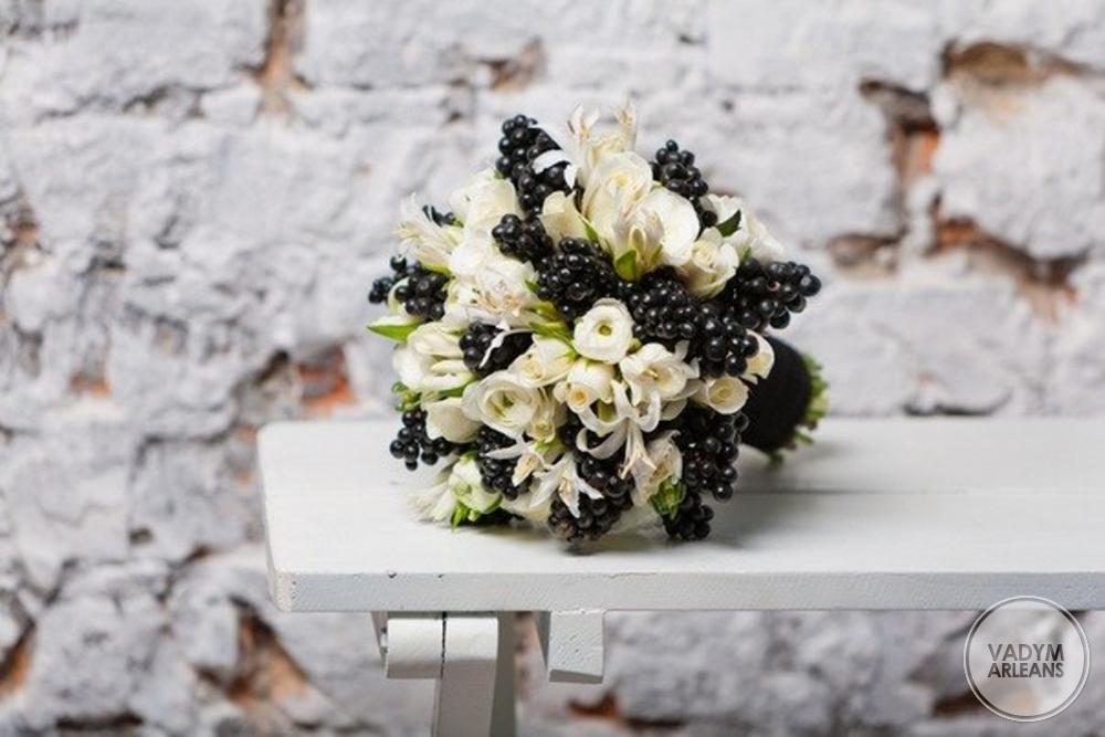 Черный свадебный букет