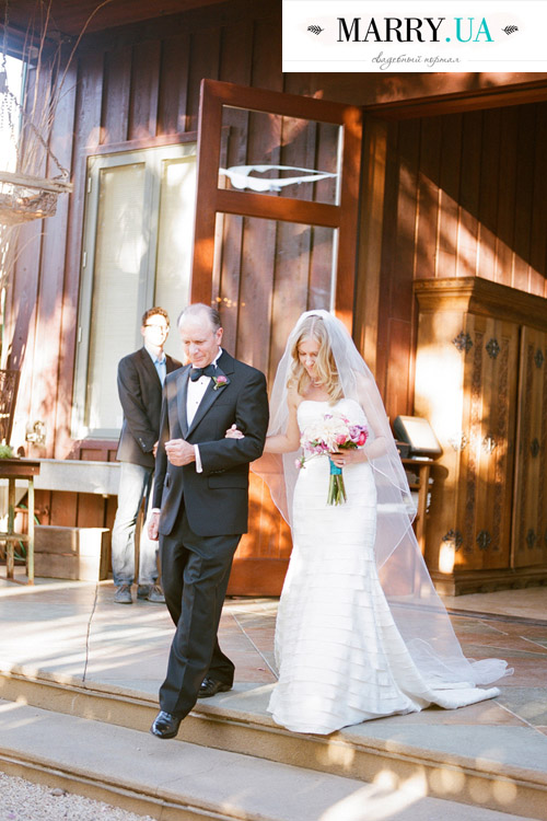 10Rustic-Chic-Outdoor-Wedding-Healdsburg-Christina-McNeill-bride-father