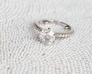 2f5caa181144 Классические обручальные кольца  советы по выбору от профессионалов —  Свадебный портал Marry