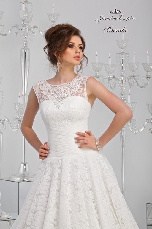 Образы невест в свадебных платьях